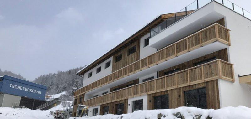 Goldseehütte/Berghotel Jochelius